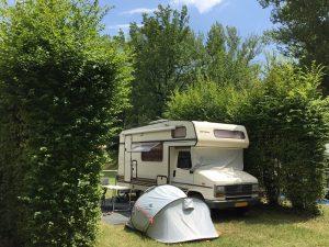 Emplacement Vue sur Cresta pour caravane camping-car van tente | Camping Chapelains Drome