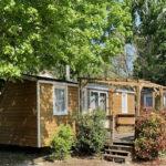 Cottage mit Klima 3 Zimmer Holzterrasse | Camping Chapelains Drome am Fluss