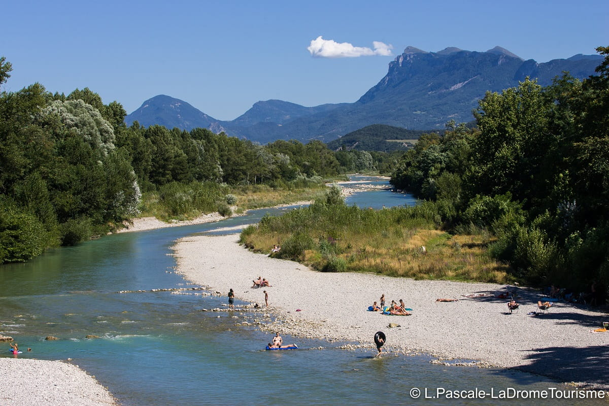 Rivière Drôme baignade naturelle canoe kayak | Camping Chapelains Drome